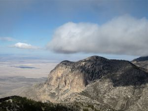 Adiabatic cloud formation over the Guadalupe Mountains
