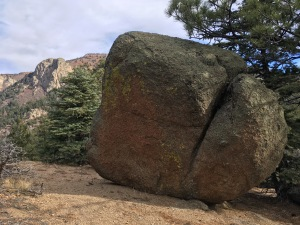 11 boulders, ponderosa and cliff faces