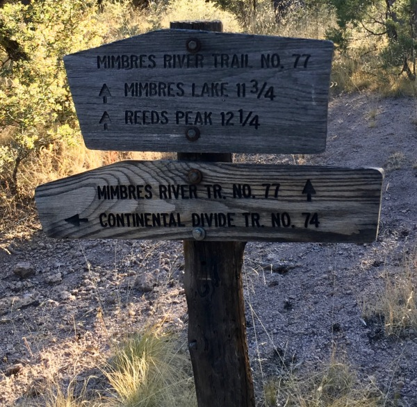 04a Trail 77 Mibres River Trail sign